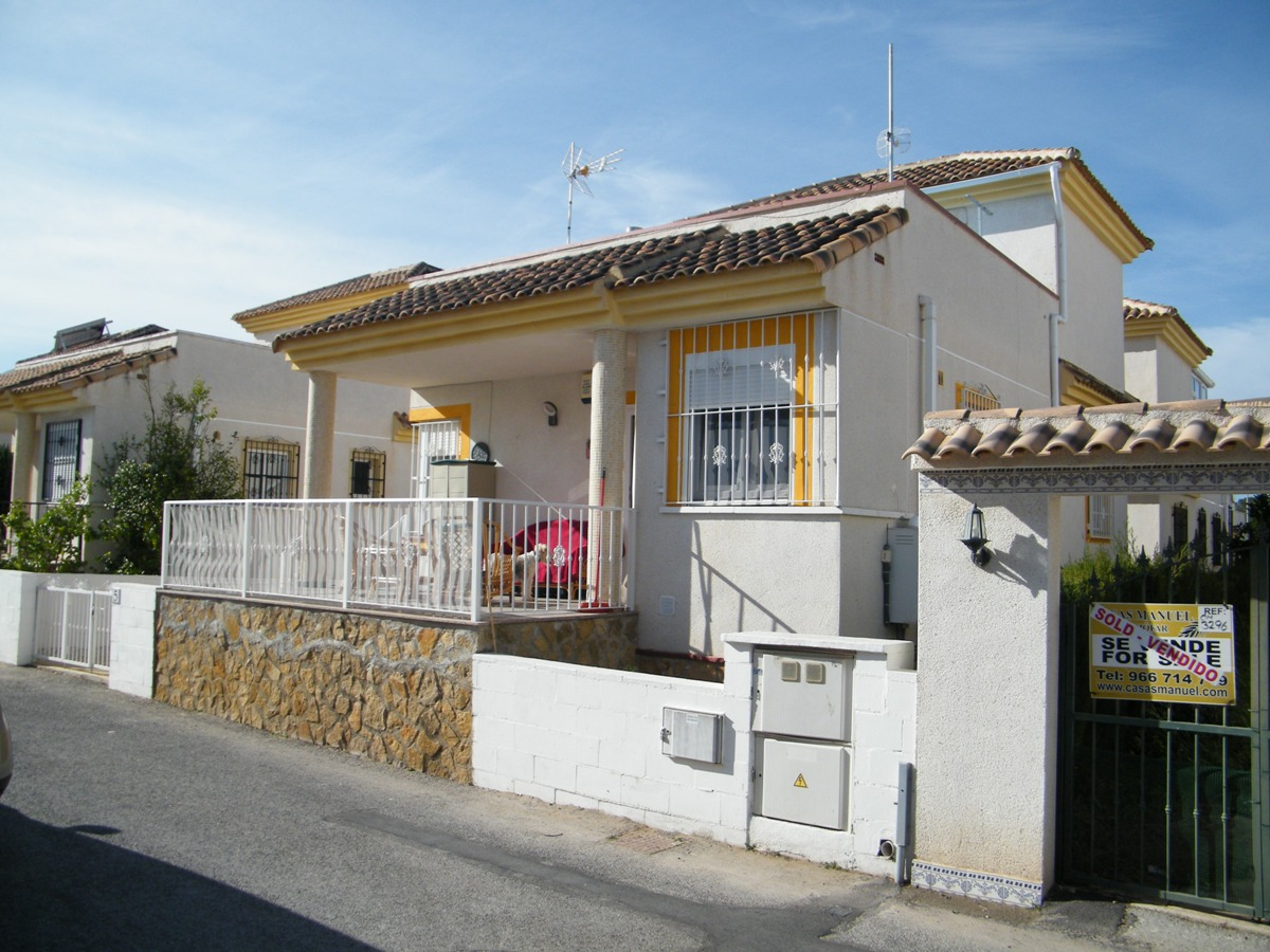 3 bed Villa for Sale in Algorfa