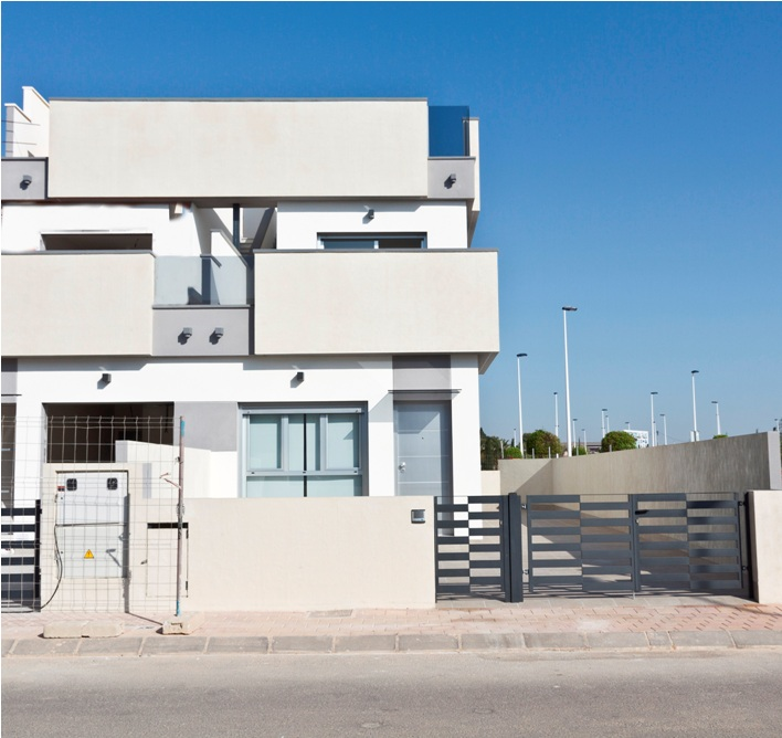 Modern, bright and popular designed, three bedroom, two bathroom townhouses which are located, Spain