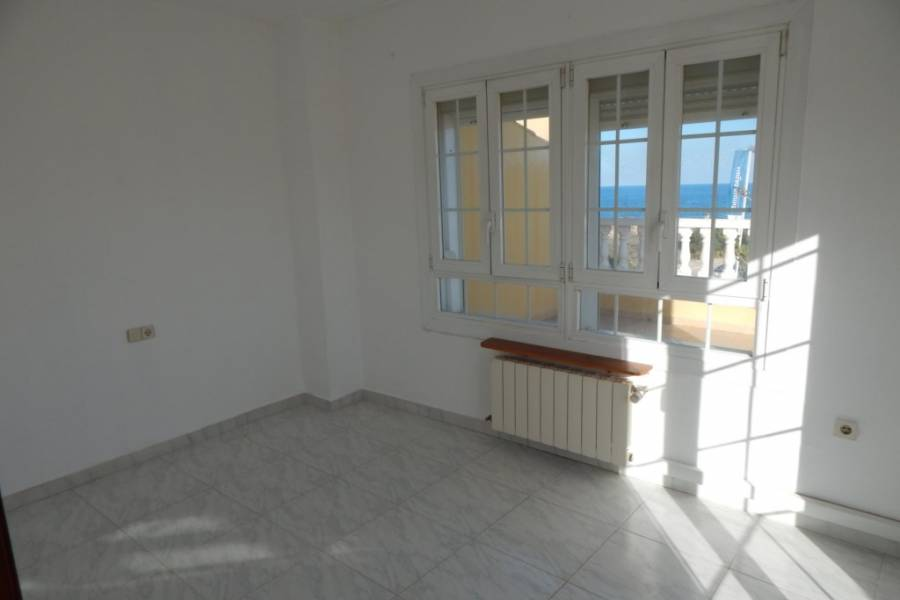 Resale - Townhouse - Torrevieja - Punta Prima