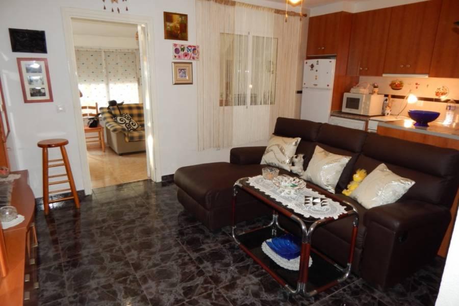 Resale - Townhouse - Torrevieja - Acequion