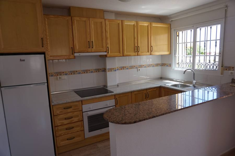 Resale - Townhouse - Ciudad Quesada - Lo Marabu