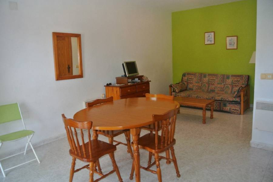 Resale - Townhouse - Algorfa - Monte Azul