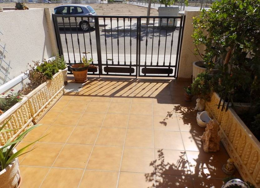 Resale - Townhouse - El Mojon