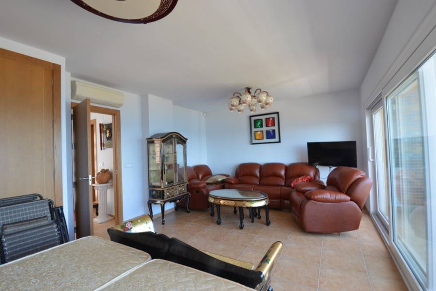 Resale - Townhouse - Cabo Roig