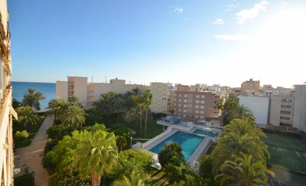 Apartment - Resale - Torrevieja - Playa de los Locos