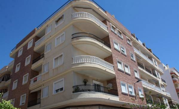 Apartment - Resale - Torrevieja - Center Torrevieja