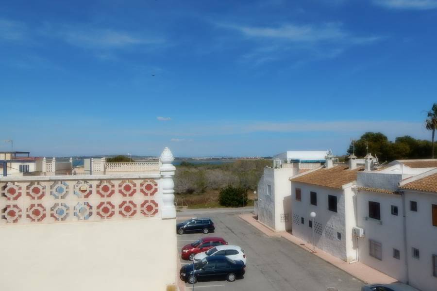 Resale - Apartment - Torrevieja - El Chaparral