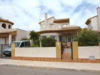 Resale - Villa - Los Nietos