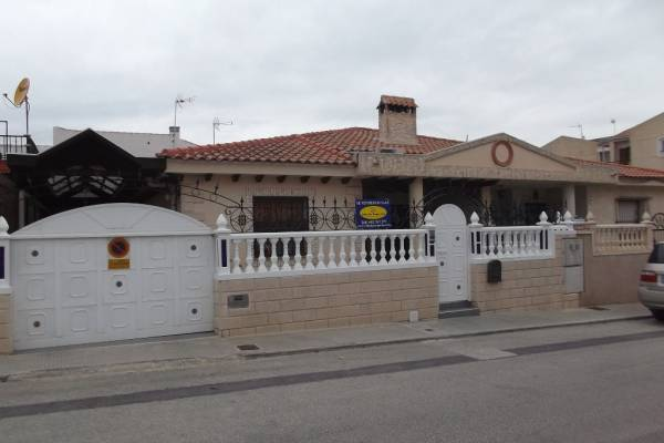 Villa - Resale - Benijofar - Central