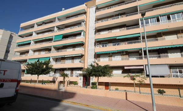 Apartment - Resale - Torrevieja - Torrevieja Alicante
