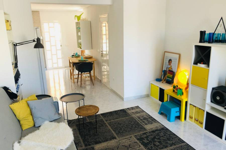 Resale - Townhouse - Ciudad Quesada - Doña Pepa