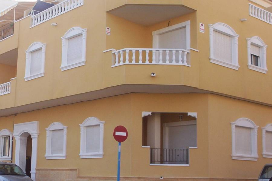 Torrevieja-re-sale-apartment