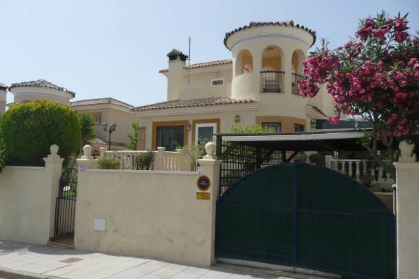 Villas For Sale Campoverde
