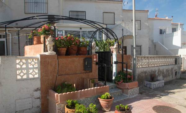 Apartment - Resale - Torrevieja - Torreta