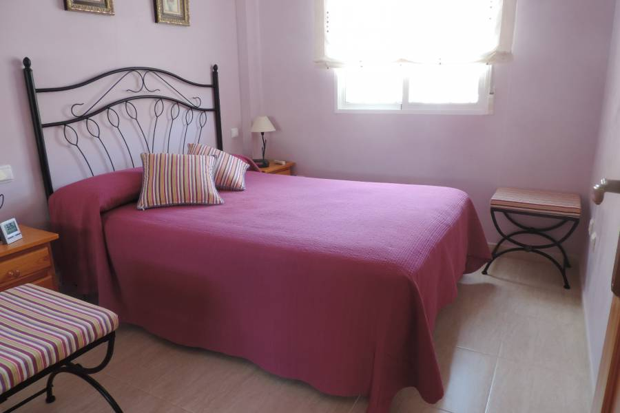 Resale - Townhouse - Ciudad Quesada