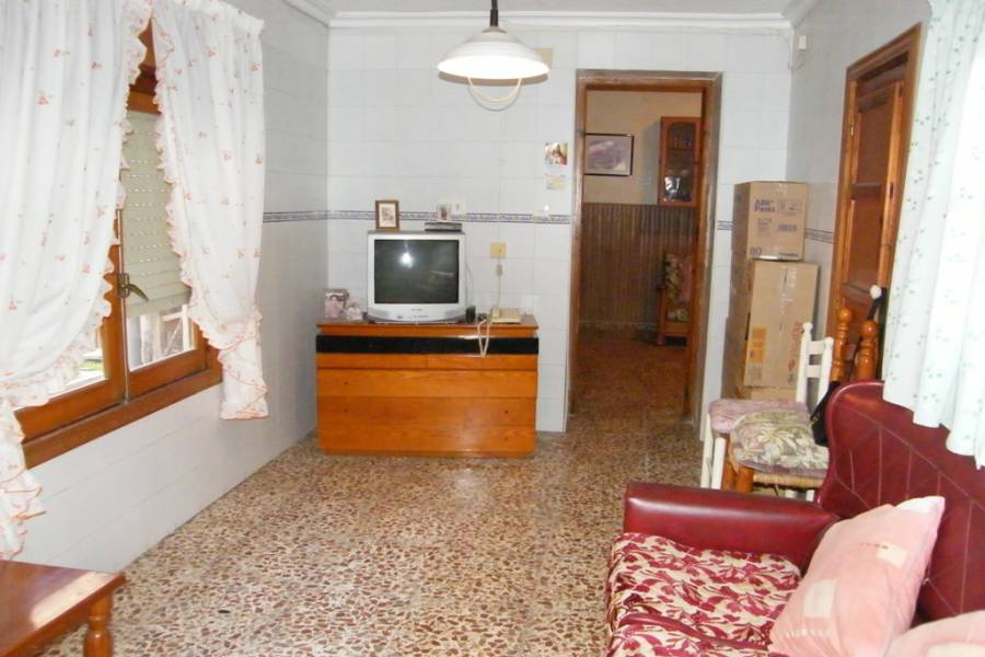 Resale - Townhouse - Heredades - Centro